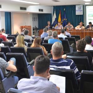 La AIE Las Palmas celebra junto a la Consejería de Industria una jornada sobre la nueva normativa para vehículos eléctricos