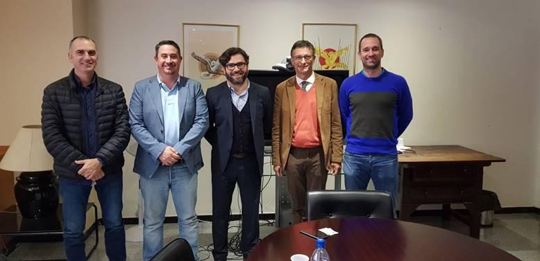 REUNION DE LOS/LAS INSTALADORES/AS ELÉCTRICOS/AS CON EL NUEVO DIRECTOR GENERAL DE INDUSTRIA Y ENERGÍA