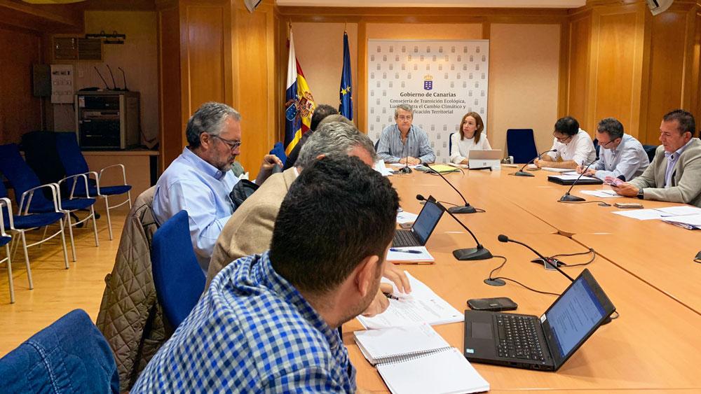 Aielpa participa en la mesa sectorial de electricidad en Tenerife