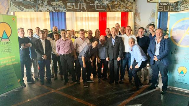 Vicente Marrero acompaña al empresariado de ASERPA en su almuerzo de hermandad